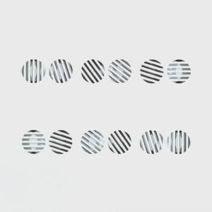 Silenzio n.5 - Omaggio a Paolo Scheggi 2013 | tela intagliata e dipinta | cm 100x100